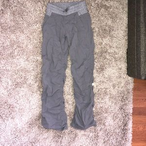 Ivivva live to move pant gray size 10